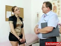 Beamy amateurish girl with glasses fingered by gyno MD