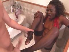 Ebony FemDom Facesitting