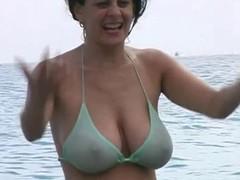 Hot Milf around Bikini convenient Get under one's Beach
